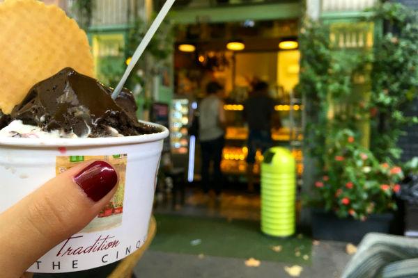 ijs-bij-gelateria-vernazza-la-spezia-toscane-roadtrip