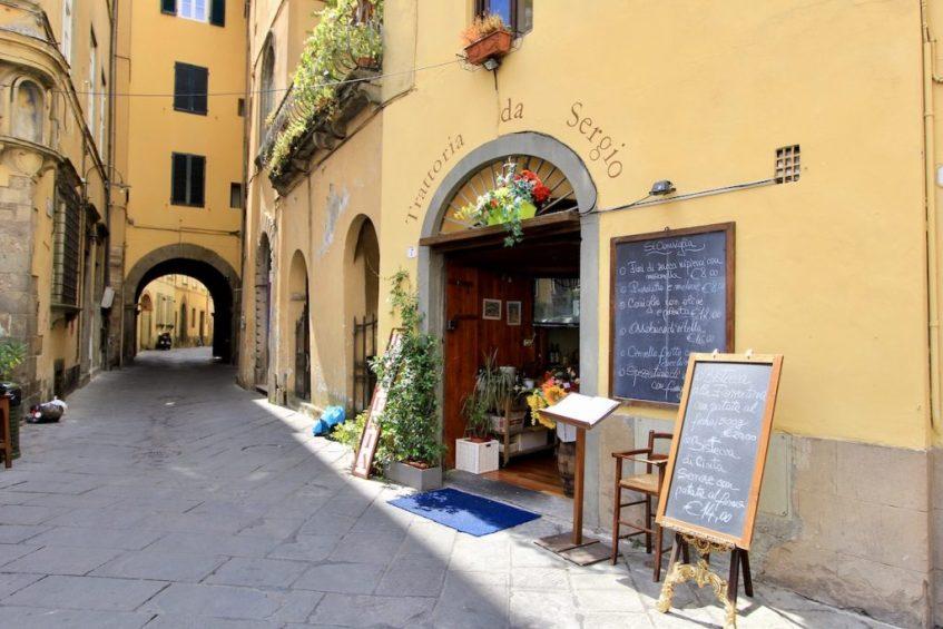 Lucca is een van de mooiste stadjes in Toscane die je tijdens deze rondreis gaat zien