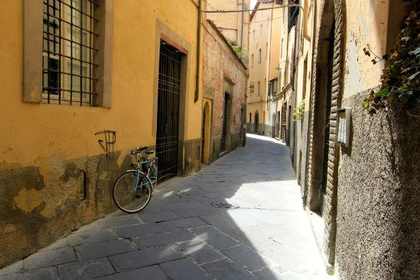 straten-lucca-toscane-italie