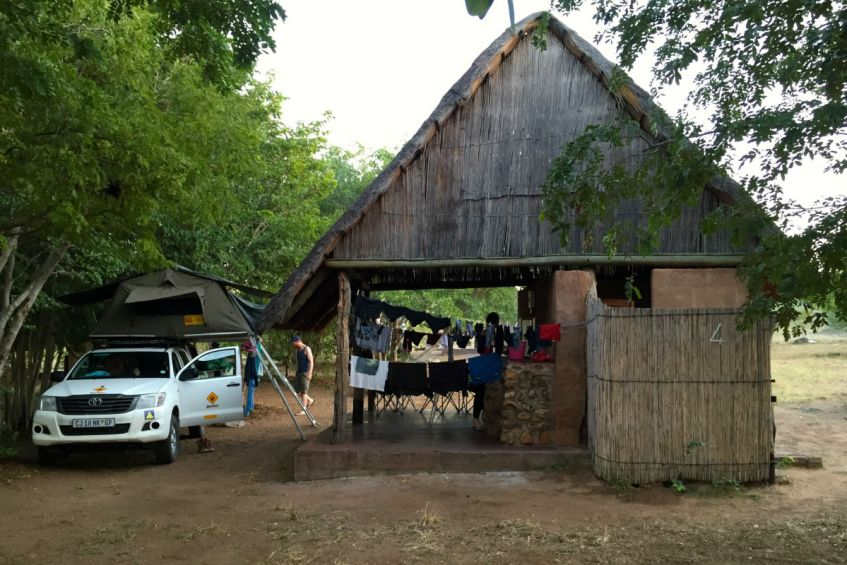 Overkapping Senyati Safari Camp nabij Kasane Botswana