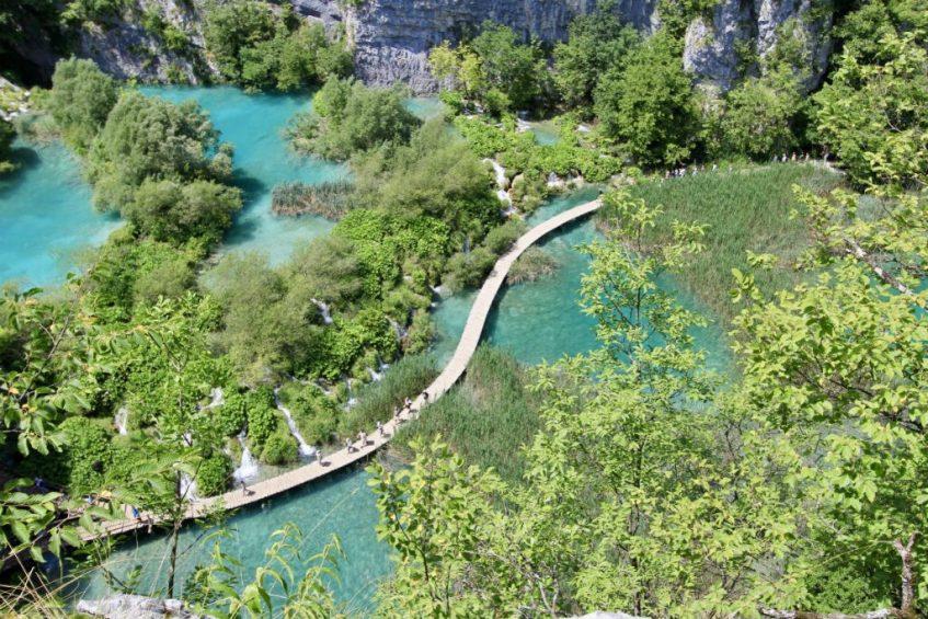 Plitvice National Park tijdens mijn roadtrip Dalmatie Kroatie van bovenaf gezien