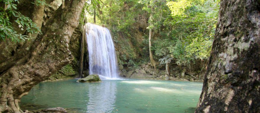 De omgeving van Kanchanaburi in Thailand is erg veelzijdig