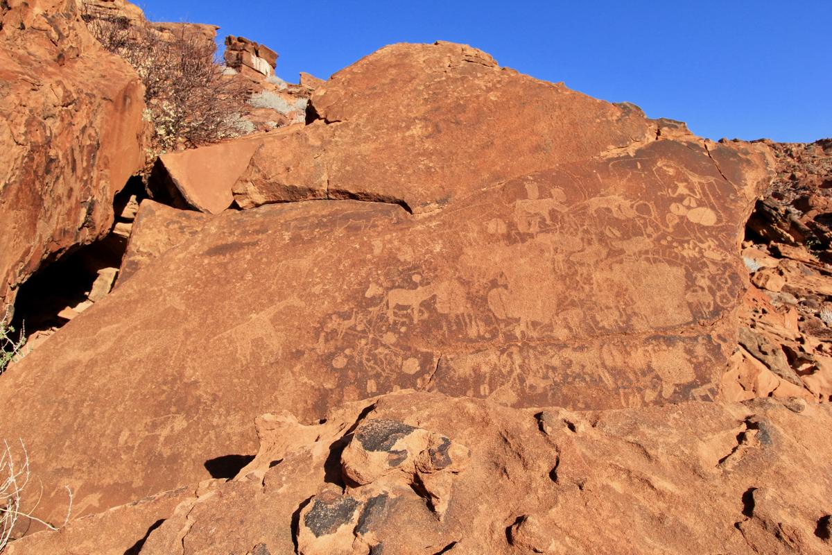 Bezoek de rotstekeningen tijdens je route Namibie