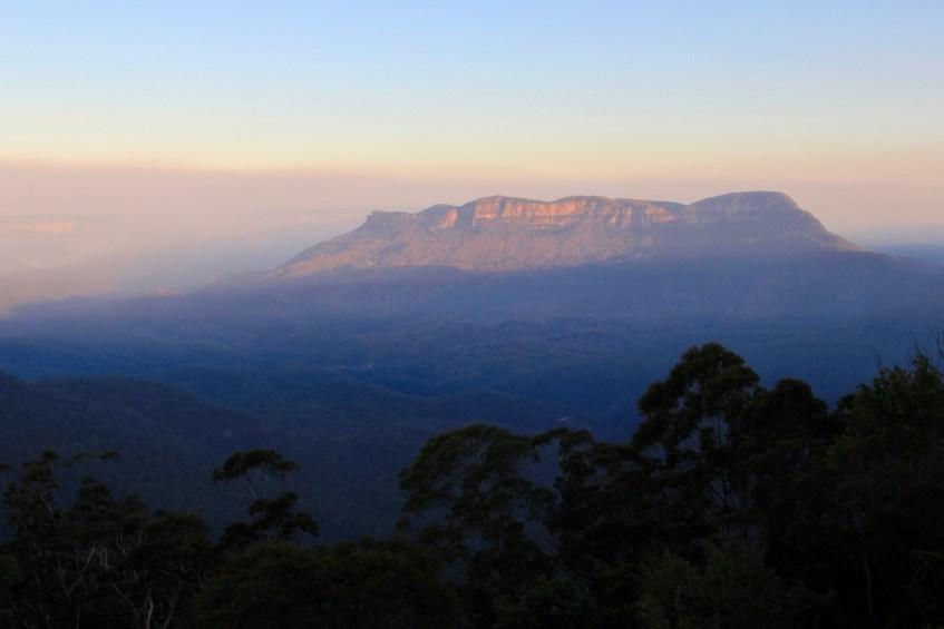Ook tijdens de zonsondergang zijn de kleuren in de Blue Mountains prachtig