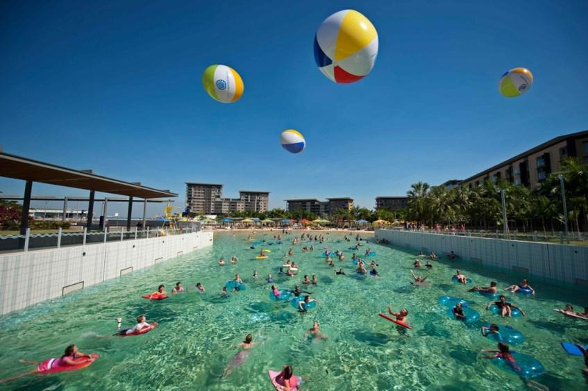 Doen in Darwin bezoek de Wave Pool