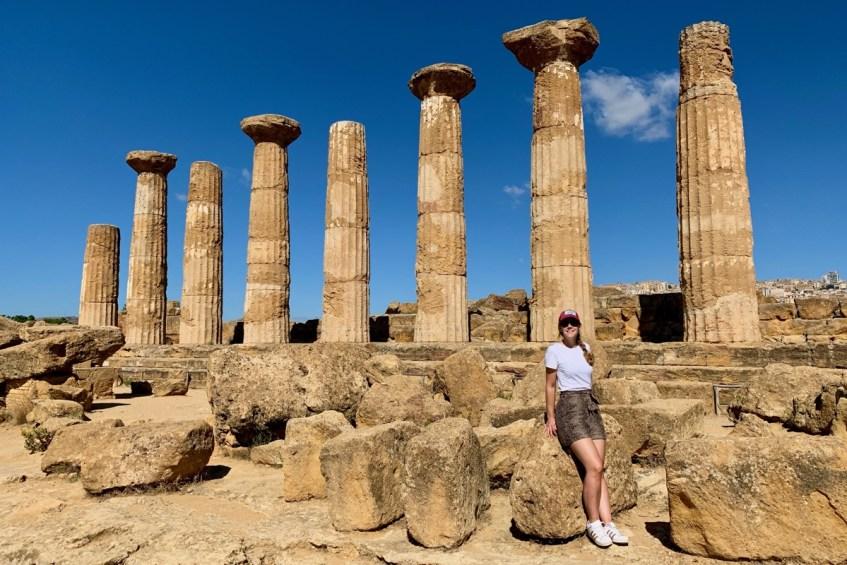De Tempelvallei van Agrigento is een highlight op sicilie breng hier zeker een bezoek aan tijdens jouw roadtip