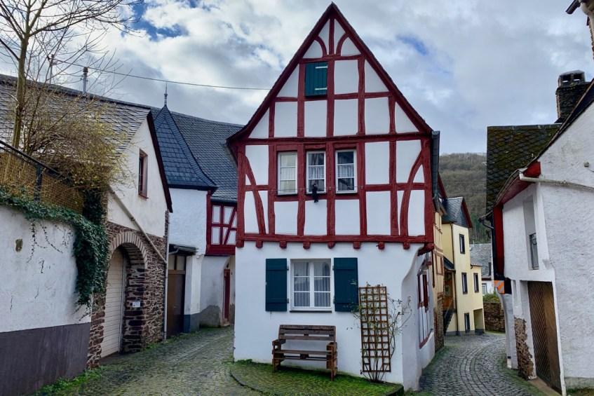 Het gezellige Ediger Eller verdient een bezoek in de Eifel regio