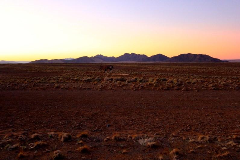 Kamperen in Namibië is geen straf met dit soort zonsondergangen