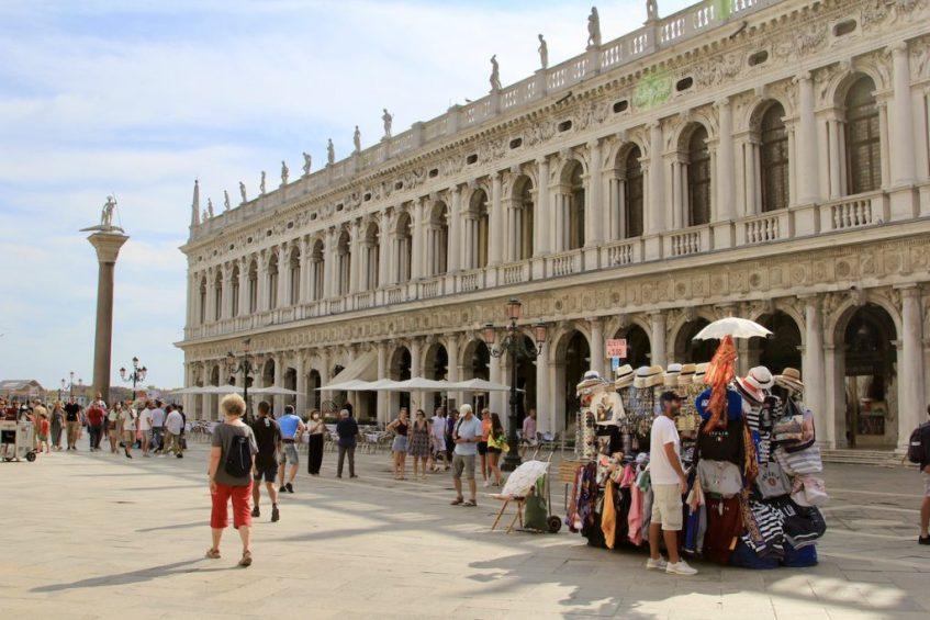 Struinen door de straten van Venetie is geweldig er is zoveel te zien en doen in Venetië