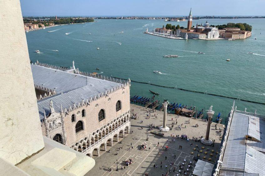 Het uitzicht vanaf de Campanile is zeker een van de leukste bezienswaardigheden van Venetië