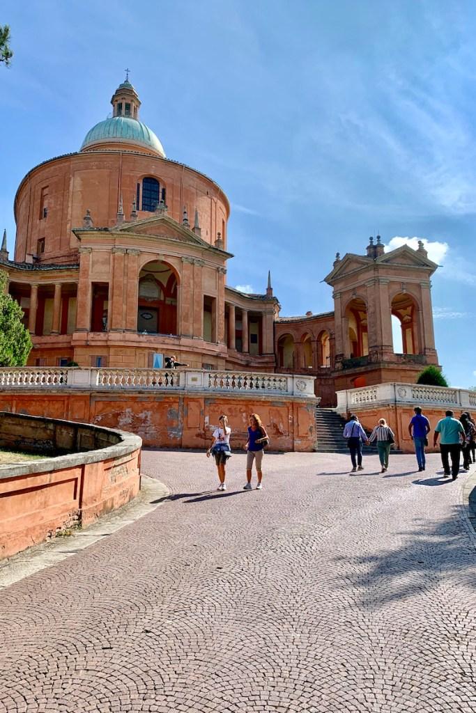 Stedentrip Bologna? Ga naar San Luca en geniet van het uitzicht