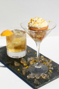 caketails-old-fashioned-with-matching-cupcake-and-alcoholic-jelly-2