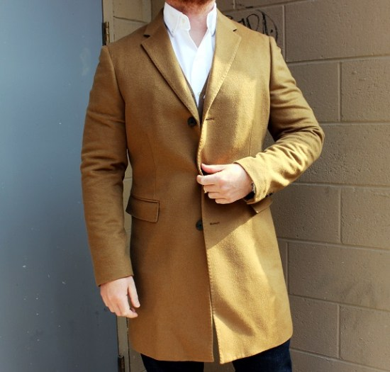 UNIQLO 90% wool / 10% Cashmere Chesterfield Topcoat
