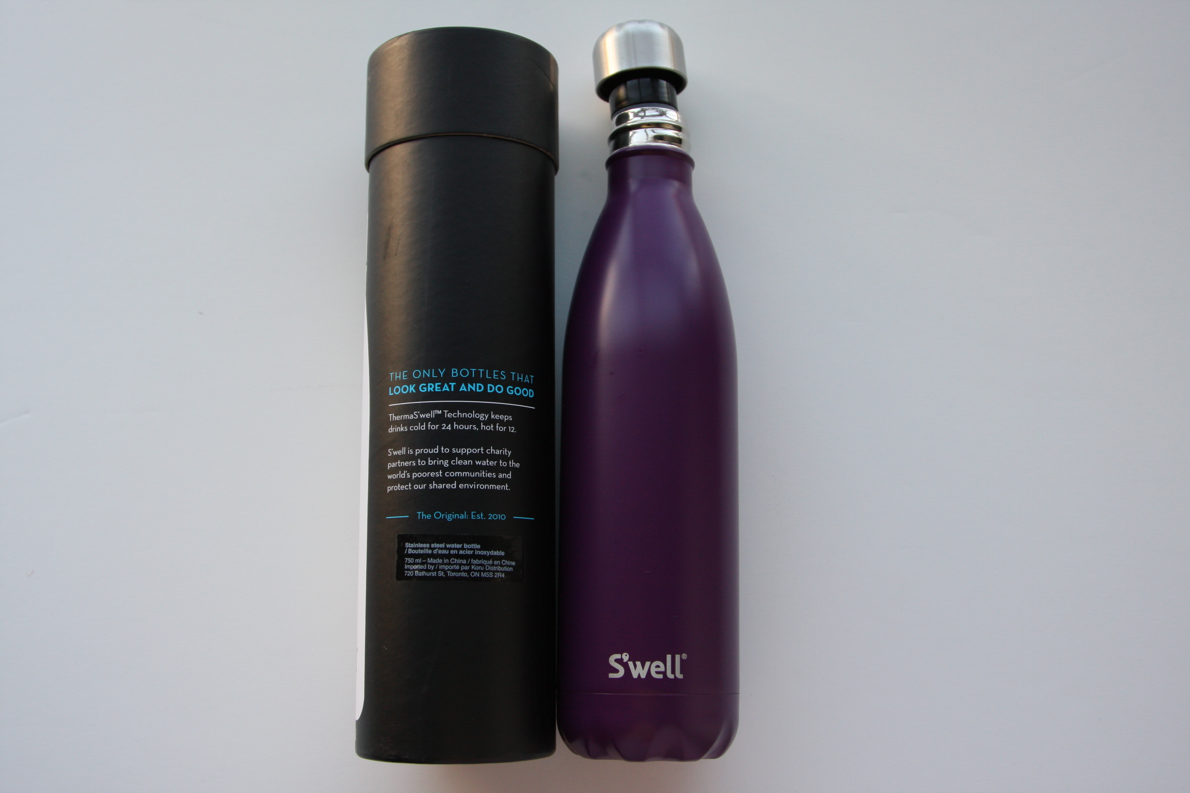 Swell Water Bottle with package