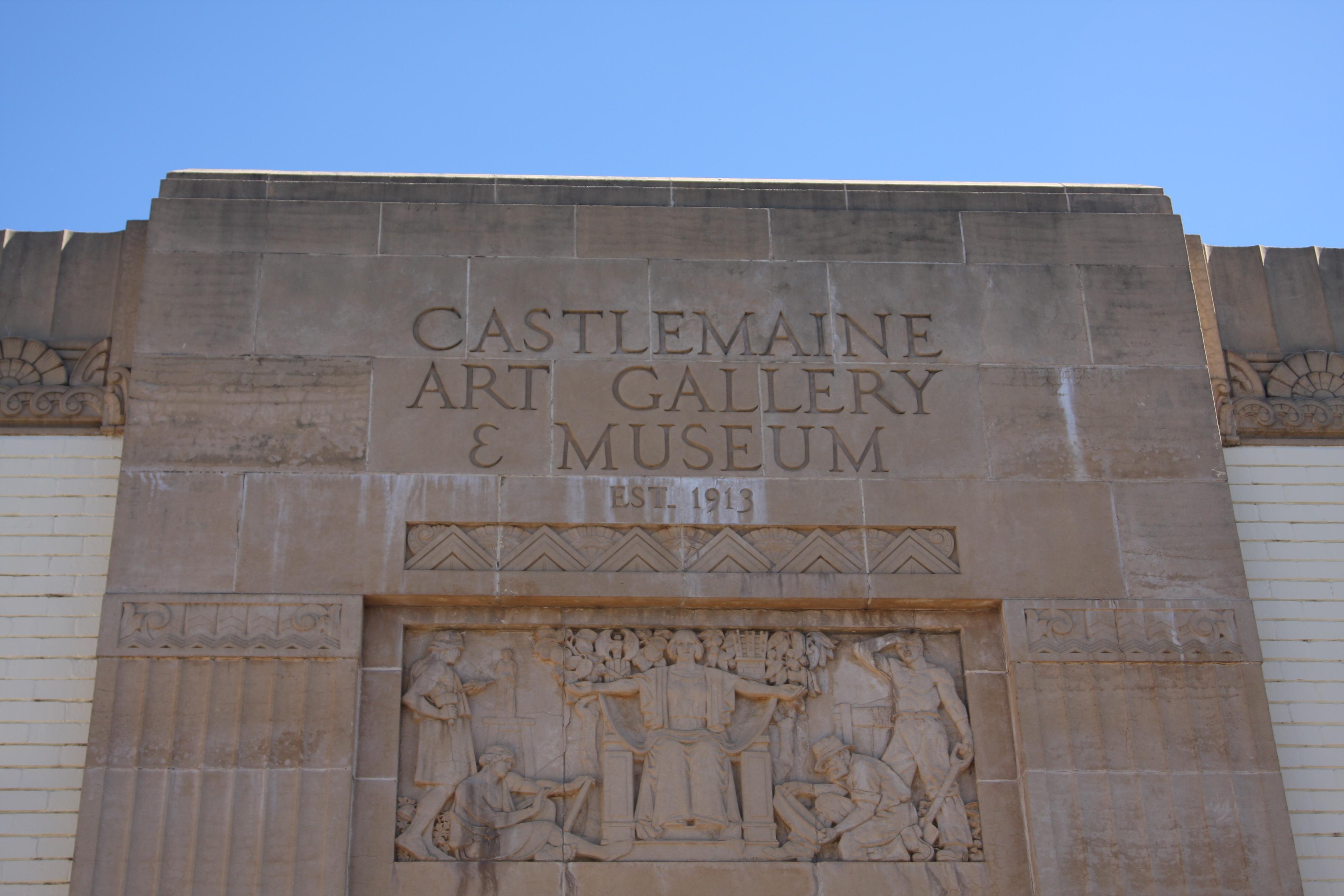 Castlemaine Art Gallery & Museum building decorative sign