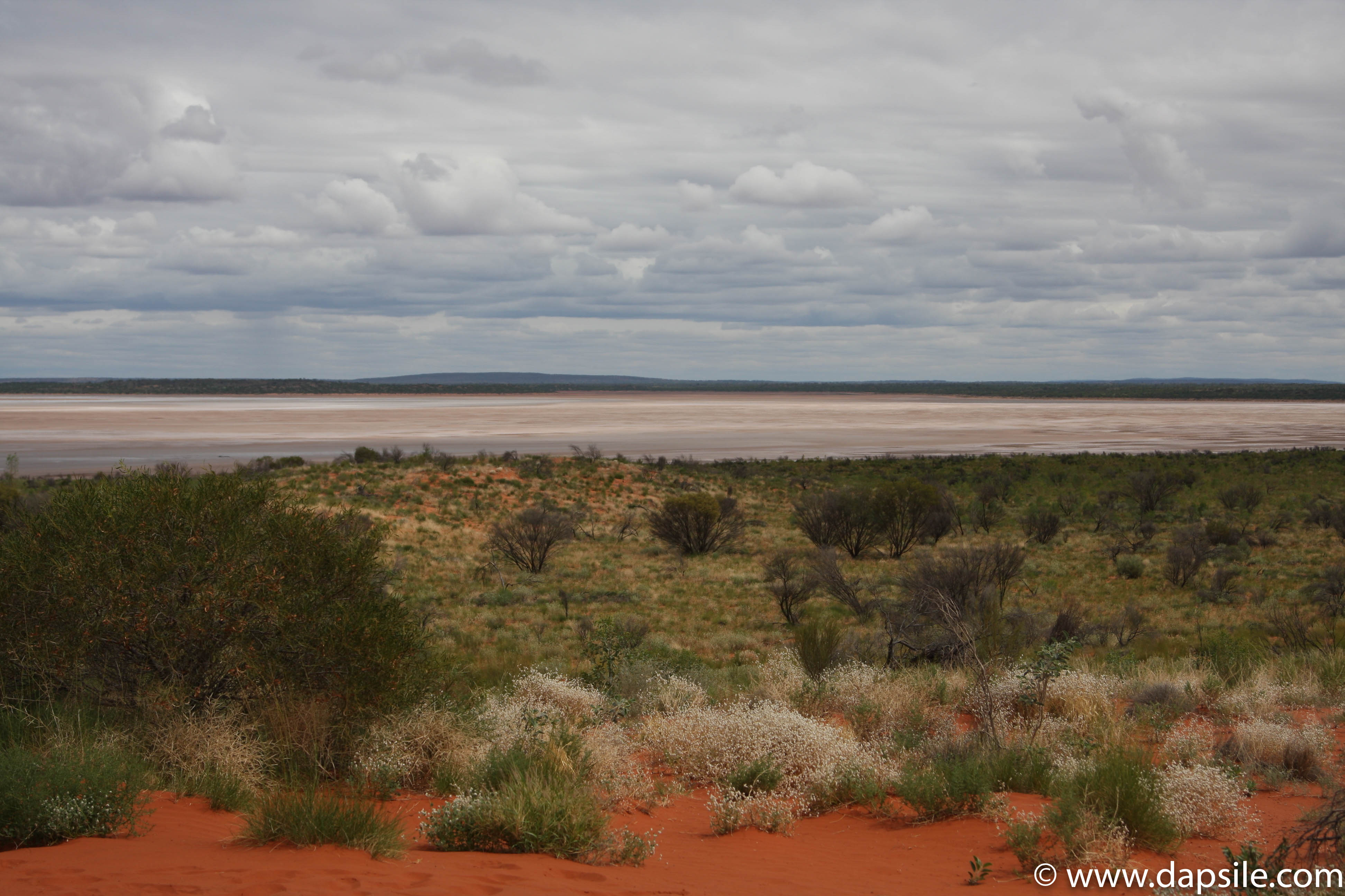 Different Terrain of the Australian Outback a tour from Alice Springs to Uluru