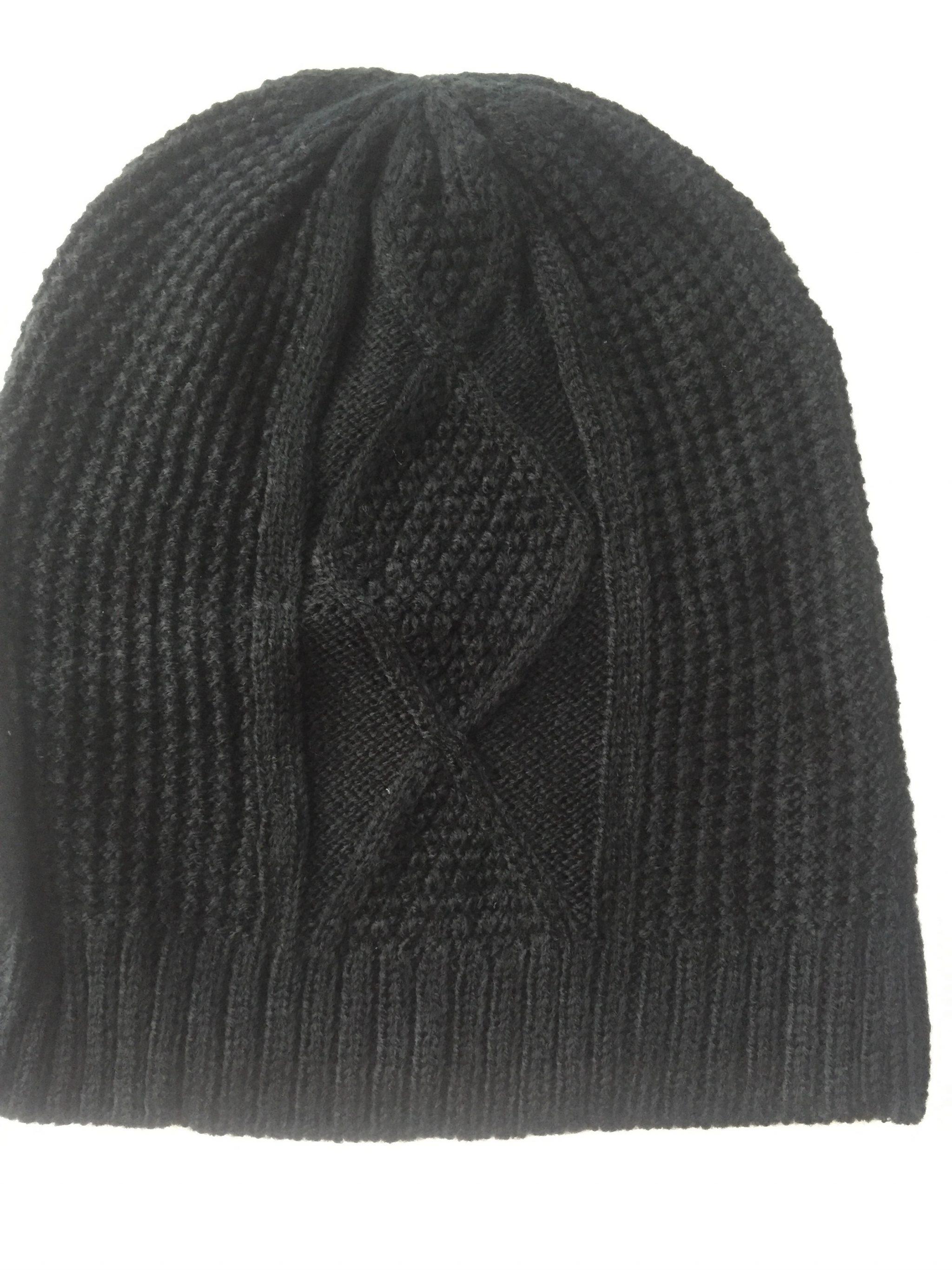 FabFitFun Fall 2017 black cable knit toque