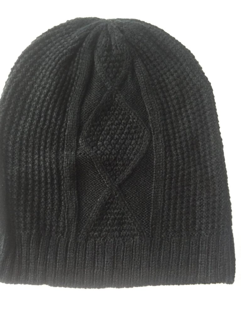 FabFitFun Fall 2017 black cable knit toque