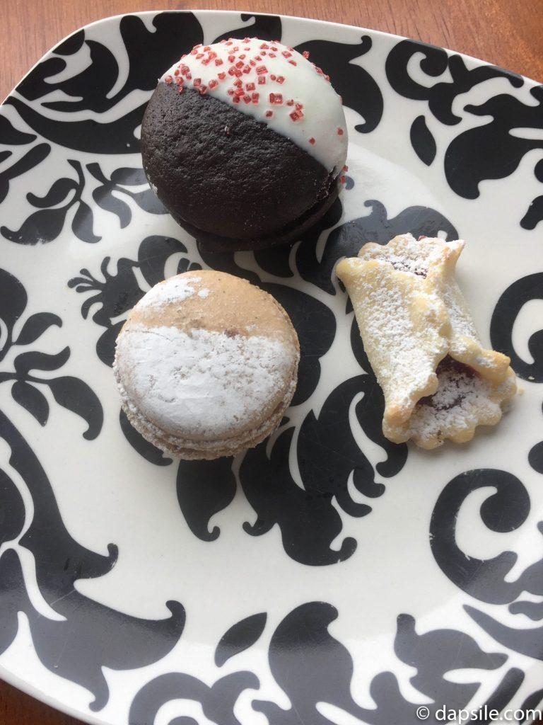 Italia Bakery Cookie Challenge Additional Treats