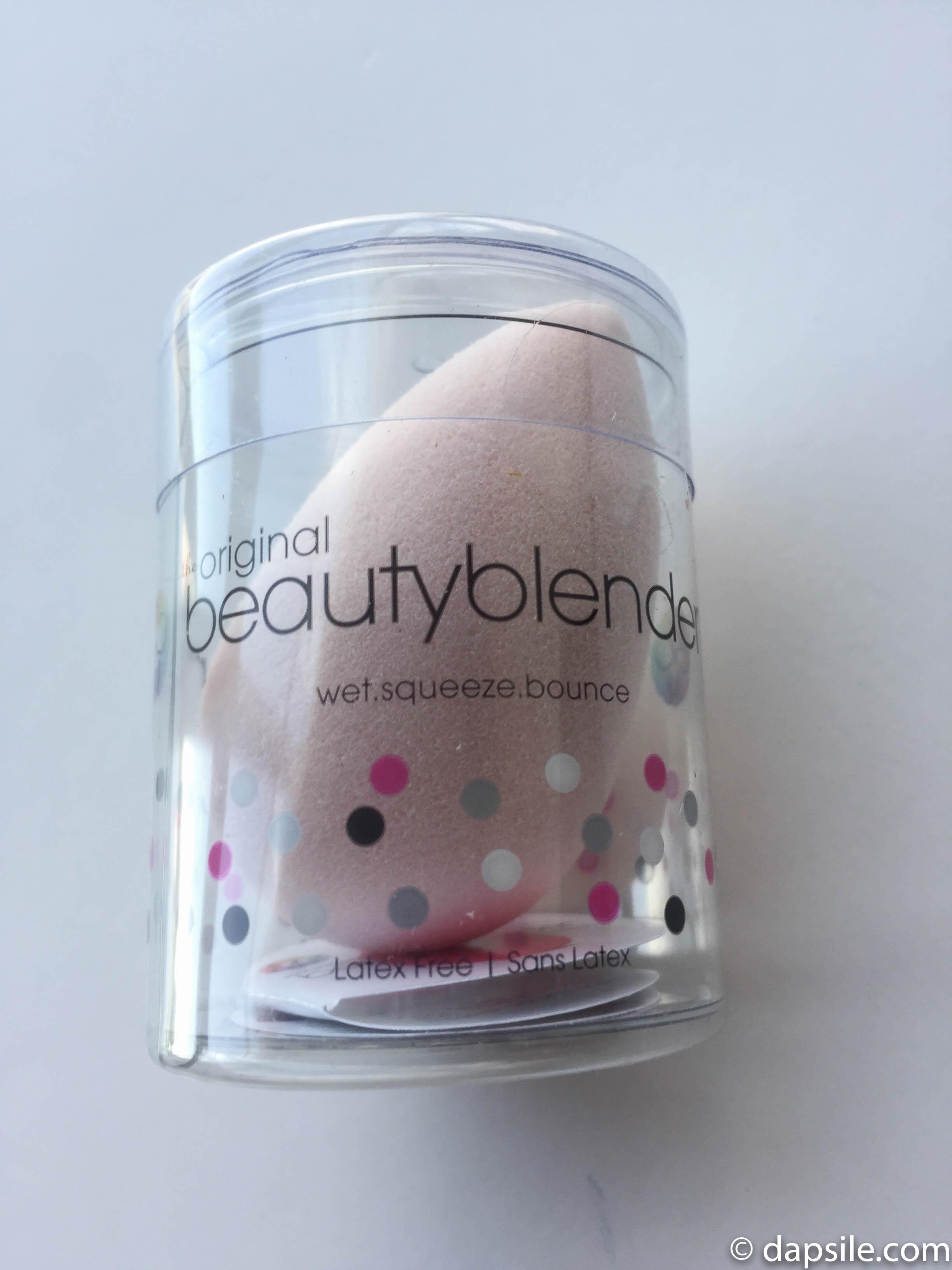 Beauty Blender from the FabFitFun Fall 2018 Subscription Box