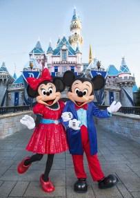 Mickey-and-Minnie-4_15_DL_000440