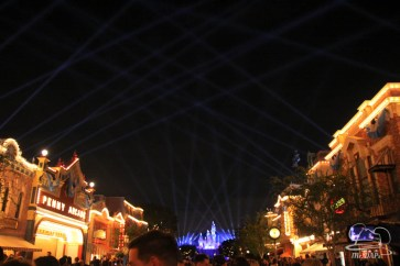 Disneyland 60th Anniversary Celebration Disneyland Forever-16