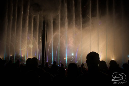 Disneyland 60th Anniversary Celebration World of Color - Celebrate-76