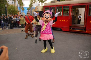Minnie Mouse Joins Mickey Mouse in Red Car Trolley News Boys-14