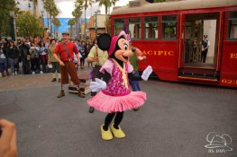 Minnie Mouse Joins Mickey Mouse in Red Car Trolley News Boys-15