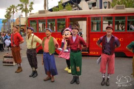 Minnie Mouse Joins Mickey Mouse in Red Car Trolley News Boys-6