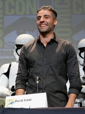 SAN DIEGO, CA - JULY 10: Actor Oscar Isaac at the Hall H Panel for `Star Wars: The Force Awakens` during Comic-Con International 2015 at the San Diego Convention Center on July 10, 2015 in San Diego, California. (Photo by Jesse Grant/Getty Images for Disney) *** Local Caption *** Oscar Isaac