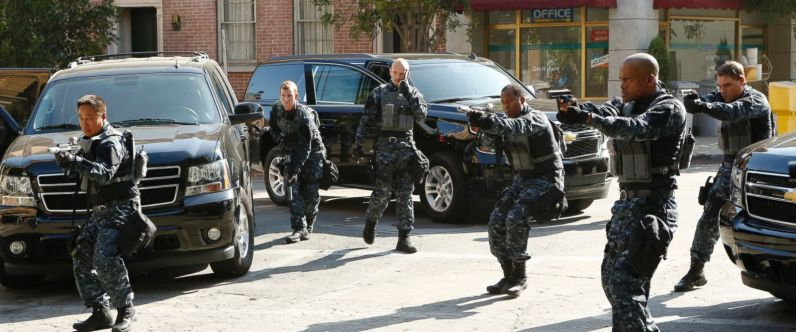 """MARVEL'S AGENTS OF S.H.I.E.L.D. - """"Laws of Nature"""" - """"Marvel's Agents of S.H.I.E.L.D."""" returns for an action-packed third season on TUESDAY, SEPTEMBER 29 (9:00-10:00 p.m., ET) on the ABC Television Network. On the season premiere episode, """"Laws of Nature,"""" when Coulson and the team discover a new Inhuman, S.H.I.E.L.D. comes face to face with another organization searching for powered people. And still reeling from Simmons' dramatic disappearance, Fitz goes to extreme lengths to try to learn how to get her back. (ABC/Kelsey McNeal) MATTHEW WILLIG"""