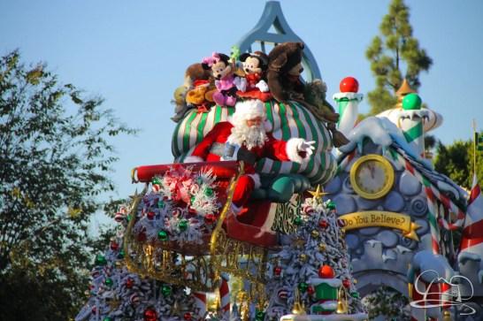 Holidays at Disneyland Resort-114
