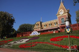 Holidays at Disneyland Resort-2
