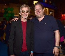 HOLLYWOOD, CA - JUNE 08: Actors Billy Bob Thornton (L) and Jeff Garlin attend The World Premiere of Disney-Pixar's FINDING DORY on Wednesday, June 8, 2016 in Hollywood, California. (Photo by Alberto E. Rodriguez/Getty Images for Disney) *** Local Caption *** Billy Bob Thornton; Jeff Garlin