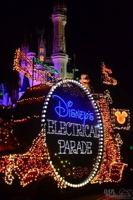 ElectricalParadeDisneyWorld