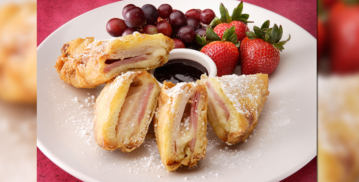 Geek Eats Disney Recipes: Monte Cristo Sandwich - Disneyland's Blue Bayou