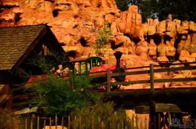 bigthunder top 5 disneyland attractions