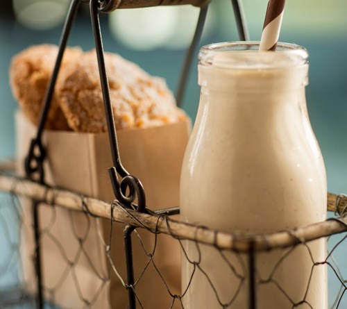 Geek Eats Disney Recipes: Pumpkin Milkshakes - Artist Point at Disney's Wilderness Lodge