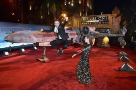"""HOLLYWOOD, CA - DECEMBER 10: Comedian Chris Hardwick (L) and model Lydia Hearst attend The World Premiere of Lucasfilm's highly anticipated, first-ever, standalone Star Wars adventure, """"Rogue One: A Star Wars Story"""" at the Pantages Theatre on December 10, 2016 in Hollywood, California. (Photo by Marc Flores/Getty Images for Disney) *** Local Caption *** Chris Hardwick; Lydia Hearst"""