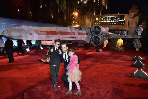 """HOLLYWOOD, CA - DECEMBER 10: Actor Diego Luna (C) and family attend The World Premiere of Lucasfilm's highly anticipated, first-ever, standalone Star Wars adventure, """"Rogue One: A Star Wars Story"""" at the Pantages Theatre on December 10, 2016 in Hollywood, California. (Photo by Marc Flores/Getty Images for Disney) *** Local Caption *** Diego Luna"""