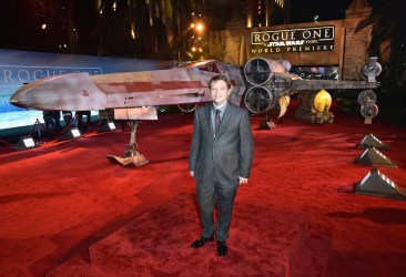 """HOLLYWOOD, CA - DECEMBER 10: Director Gareth Edwards attends The World Premiere of Lucasfilm's highly anticipated, first-ever, standalone Star Wars adventure, """"Rogue One: A Star Wars Story"""" at the Pantages Theatre on December 10, 2016 in Hollywood, California. (Photo by Marc Flores/Getty Images for Disney) *** Local Caption *** Gareth Edwards"""