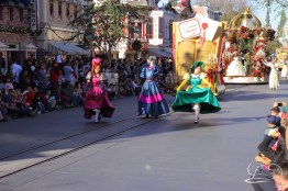 Disneyland Holidays Final Day-28
