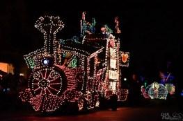 DisneylandElectricalParade 11