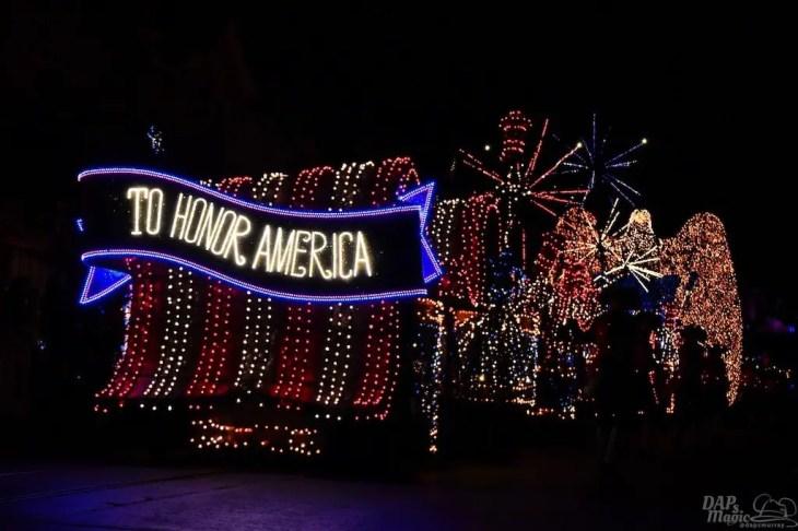 DisneylandElectricalParade 118