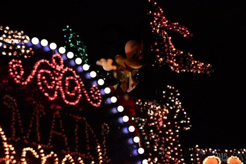 DisneylandElectricalParade 17