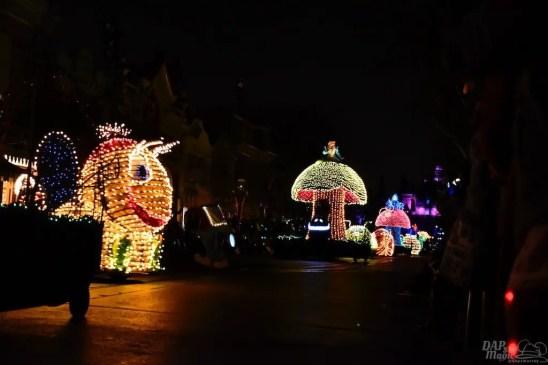 DisneylandElectricalParade 36