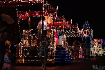 DisneylandElectricalParade 65