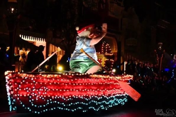 DisneylandElectricalParade 90