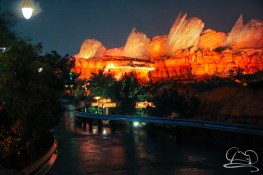 DisneylandResortRainyDay-104